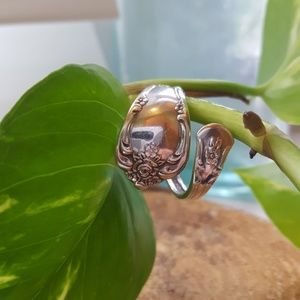 🍁W.M.A. Rogers Ring Oneida Stainless Silver steel